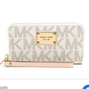 Michael kors large wallet wristlet